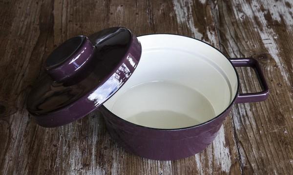 cooking & serving porcelain enamel mini casseroles